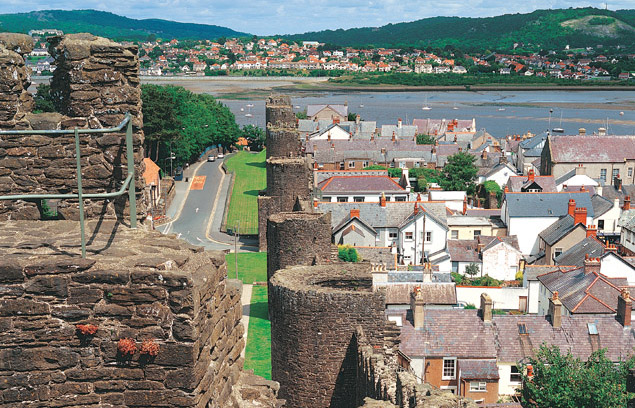 Conwy-Town-Walls